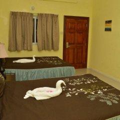 Отель Donway, A Jamaican Style Village Ямайка, Монтего-Бей - отзывы, цены и фото номеров - забронировать отель Donway, A Jamaican Style Village онлайн сейф в номере