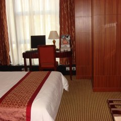 Golden Central Hotel Shenzhen комната для гостей