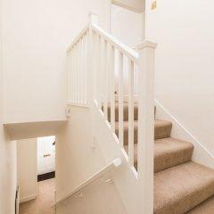 Отель Belgravia Apartments - Grosvenor Gardens Великобритания, Лондон - отзывы, цены и фото номеров - забронировать отель Belgravia Apartments - Grosvenor Gardens онлайн балкон