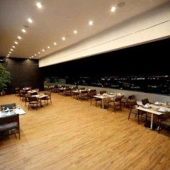 Radisson Blu Hotel Diyarbakir Турция, Диярбакыр - отзывы, цены и фото номеров - забронировать отель Radisson Blu Hotel Diyarbakir онлайн питание фото 2
