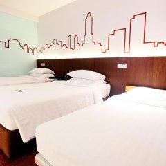 Отель Galleria 10 Sukhumvit Bangkok by Compass Hospitality комната для гостей