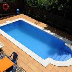 Отель Apartaments AR Eton Испания, Льорет-де-Мар - отзывы, цены и фото номеров - забронировать отель Apartaments AR Eton онлайн бассейн