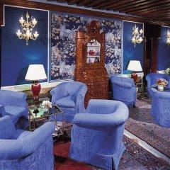 Santa Chiara Hotel & Residenza Parisi Венеция интерьер отеля