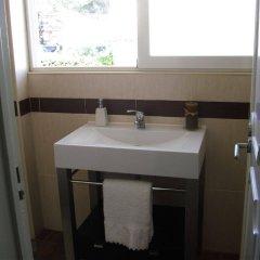 Отель White House Guesthouse Португалия, Кашкайш - отзывы, цены и фото номеров - забронировать отель White House Guesthouse онлайн ванная