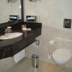 Ramada Hotel & Suites Bucharest North ванная