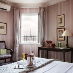 Отель Maison Astor Paris, Curio Collection by Hilton в номере