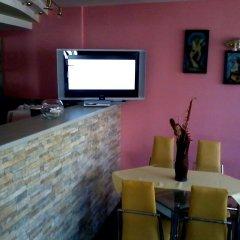 Отель Rai Болгария, Шумен - отзывы, цены и фото номеров - забронировать отель Rai онлайн гостиничный бар