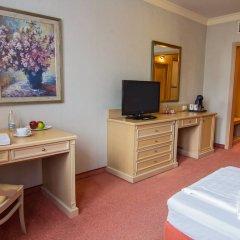 Отель Maison Hotel Болгария, София - 2 отзыва об отеле, цены и фото номеров - забронировать отель Maison Hotel онлайн удобства в номере фото 2