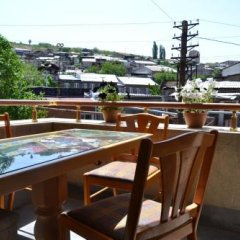 Отель Art Hotel Армения, Ереван - 3 отзыва об отеле, цены и фото номеров - забронировать отель Art Hotel онлайн балкон