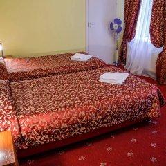 Гостиница АЛЬТБУРГ на Греческом комната для гостей фото 2