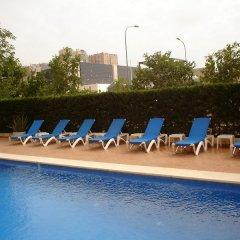 Отель Holiday Inn Express Ciudad de las Ciencias Испания, Валенсия - 1 отзыв об отеле, цены и фото номеров - забронировать отель Holiday Inn Express Ciudad de las Ciencias онлайн бассейн фото 3