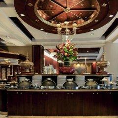 Отель Mercure Mandalay Hill Resort питание фото 2