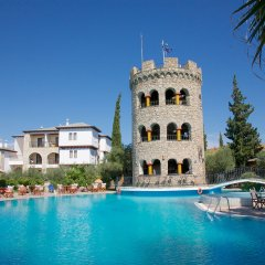 Отель Geranion Village бассейн