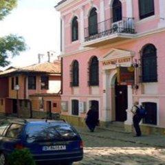 Отель Plovdiv Guesthouse Болгария, Пловдив - отзывы, цены и фото номеров - забронировать отель Plovdiv Guesthouse онлайн парковка
