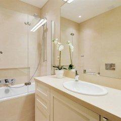 Отель Bourbon Paris Apartment Франция, Париж - отзывы, цены и фото номеров - забронировать отель Bourbon Paris Apartment онлайн ванная фото 2