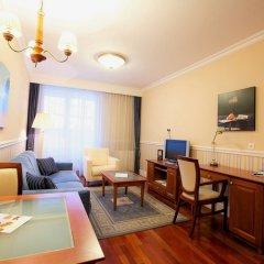 Queen's Court Hotel &Residence удобства в номере фото 2