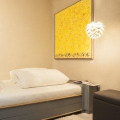 Отель himmelundhimmel - barhotelgalerie Германия, Мюнхен - отзывы, цены и фото номеров - забронировать отель himmelundhimmel - barhotelgalerie онлайн комната для гостей фото 4