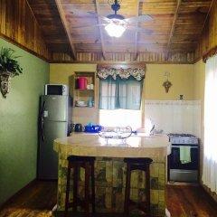 Отель Anchor Inn Гондурас, Остров Утила - отзывы, цены и фото номеров - забронировать отель Anchor Inn онлайн в номере