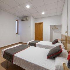 Отель OYO Pensión el Rincón Испания, Валенсия - отзывы, цены и фото номеров - забронировать отель OYO Pensión el Rincón онлайн комната для гостей фото 3