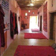 Отель Auberge Chez Julia Марокко, Мерзуга - отзывы, цены и фото номеров - забронировать отель Auberge Chez Julia онлайн интерьер отеля фото 3