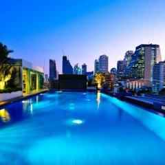 Отель Admiral Premier Sukhumvit 23 By Compass Hospitality Бангкок бассейн