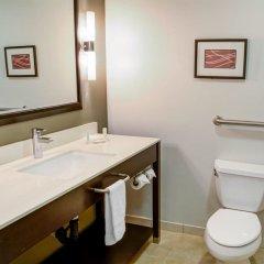 Отель Comfort Inn And Suites Near Universal Studios Лос-Анджелес ванная фото 2