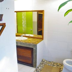 Отель Areeya Phuree Resort ванная