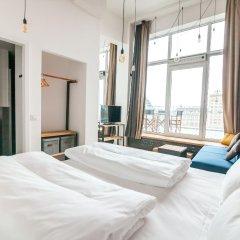 Отель FELIX Suiten im Lebendigen Haus am Augustusplatz комната для гостей