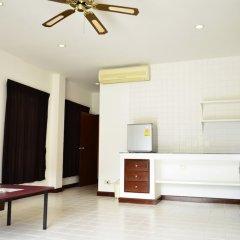 Отель Phuket Siray Hut Resort Таиланд, Пхукет - отзывы, цены и фото номеров - забронировать отель Phuket Siray Hut Resort онлайн комната для гостей