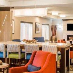Отель Comfort Suites Columbus West - Hilliard США, Колумбус - отзывы, цены и фото номеров - забронировать отель Comfort Suites Columbus West - Hilliard онлайн гостиничный бар