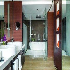 Отель Langham Xintiandi Шанхай ванная фото 2