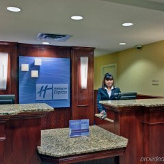 Holiday Inn Express Hotel & Suites Hinton интерьер отеля фото 3