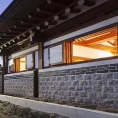Отель Goiseoul Hanok Guesthouse Южная Корея, Сеул - отзывы, цены и фото номеров - забронировать отель Goiseoul Hanok Guesthouse онлайн вид на фасад