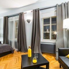 Апартаменты Little Italy Apartment 140m2 комната для гостей фото 4