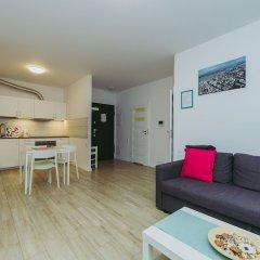 Отель ShortStayPoland Mennica Residence (B51) комната для гостей фото 4