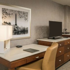 Отель Hilton Washington DC/Rockville Hotel & Executive Meeting Center США, Роквилль - отзывы, цены и фото номеров - забронировать отель Hilton Washington DC/Rockville Hotel & Executive Meeting Center онлайн удобства в номере