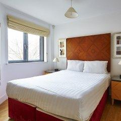 Апартаменты Marlin Apartments Stratford комната для гостей