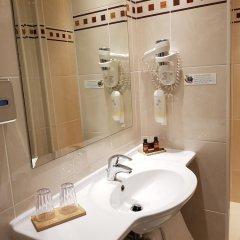 Отель Champerret Elysees Париж ванная