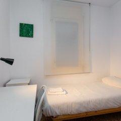 Отель Spacious & Quiet 4 Bedroom Apartment Испания, Барселона - отзывы, цены и фото номеров - забронировать отель Spacious & Quiet 4 Bedroom Apartment онлайн детские мероприятия фото 2