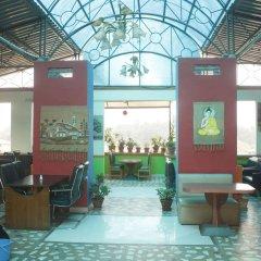 Отель Palagya Hotel & Restaurant Непал, Катманду - отзывы, цены и фото номеров - забронировать отель Palagya Hotel & Restaurant онлайн интерьер отеля фото 2