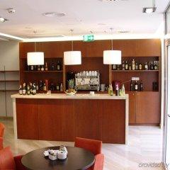 Отель Exe Vienna Вена гостиничный бар