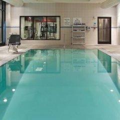 Отель Holiday Inn Columbus-Hilliard бассейн фото 2