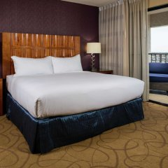 Отель DoubleTree by Hilton Carson комната для гостей фото 5