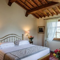 Отель Villa Olmi Firenze сейф в номере