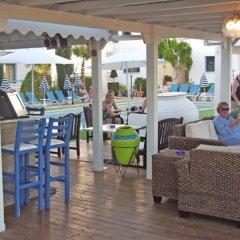 Отель Tasmaria Aparthotel Пафос гостиничный бар