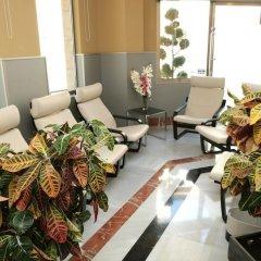 Отель Montedobra Испания, Торрелавега - отзывы, цены и фото номеров - забронировать отель Montedobra онлайн интерьер отеля