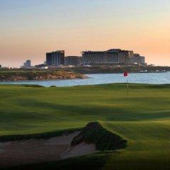 Отель Park Inn by Radisson, Abu Dhabi Yas Island спортивное сооружение