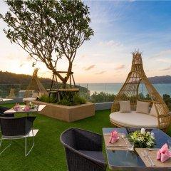 Отель Crest Resort & Pool Villas питание