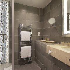 Отель Le Relais Saint Honoré Франция, Париж - отзывы, цены и фото номеров - забронировать отель Le Relais Saint Honoré онлайн ванная