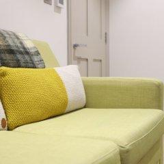 Отель Stylish & Modern 1BD Kensington Flat, Sleeps 2 Великобритания, Лондон - отзывы, цены и фото номеров - забронировать отель Stylish & Modern 1BD Kensington Flat, Sleeps 2 онлайн комната для гостей фото 3